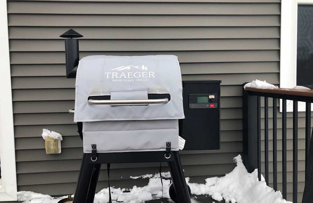 Traeger 22 Series blanket on Pro 575
